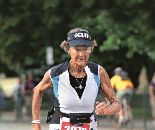 z15479878qzelazna-zakonnica-podczas-maratonu-w-zawodach-iron